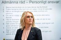 Socialminister Lena Hallengren är inte nöjd efter beskedet att region Stockholm pausar hemtesterna för covid-19.