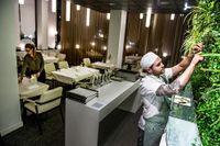 Hos Jonas Lundgrens restaurang som bär hans namn serveras avsmakningsmenyer med spektakulära rätter.