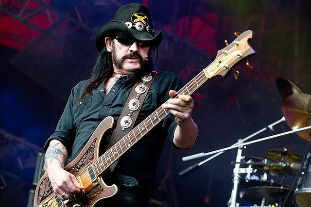 Ian 'Lemmy' Kilmister och Motörhead på Roskildefestivalen 2010.