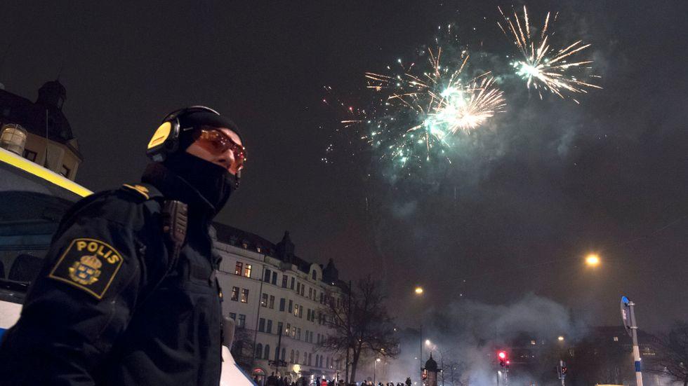 Många poliser var i tjänst vid nyårsfirandet på Möllevångstorget i Malmö.