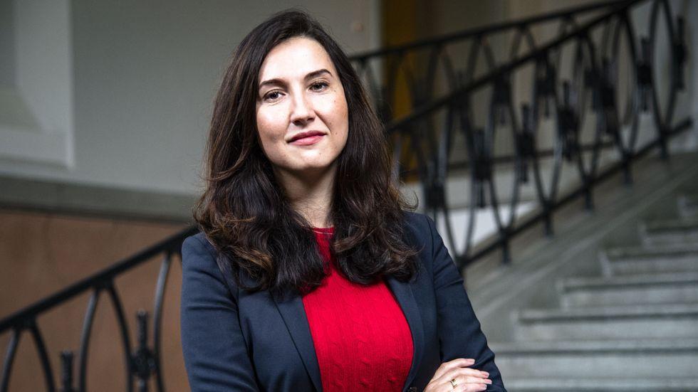 Aida Hadzialic, oppositionsregionråd för Socialdemokraterna i Region Stockholm.