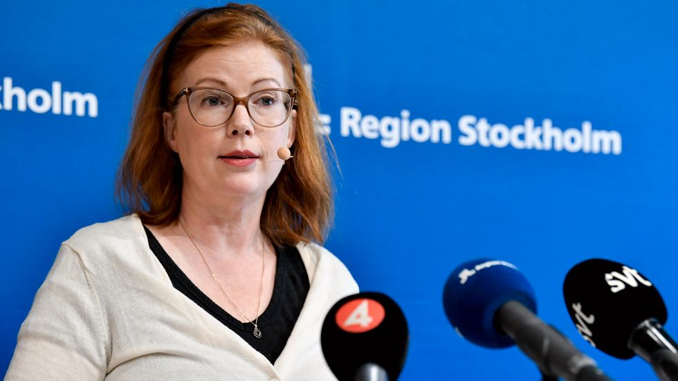 Anna Starbrink (L).