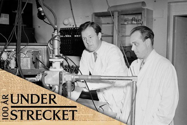 Forskare vid Karolinska Institutets cellforskningsavdelning visar upp apparatur för röntgenabsorptionsmätning (1952).