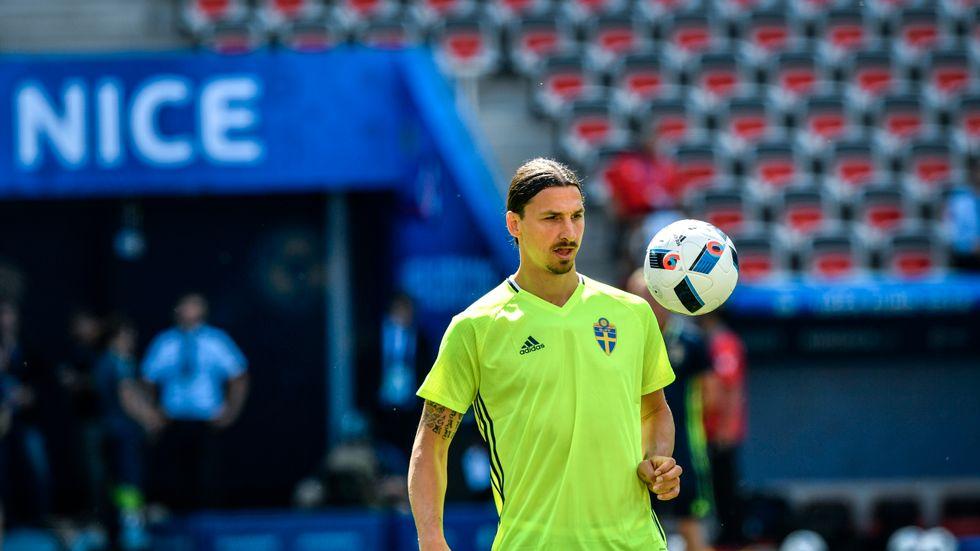 Zlatan Ibrahimovic öppnar för en återkomst i landslaget och förbundskaptenen Janne Andersson är beredd att ta kontakt. Arkivbild.