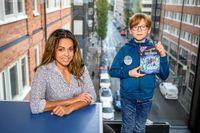 Juniorreporter Kasper, 10 och Elaine Eksvärd, 39 är författare och expert på retorik. Retorik är läran om talekonsten, och handlar om hur man talar på ett övertygande sätt.