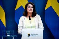 Utrikesminister Ann Linde (S) vid dagens pressträff i Stockholm angående situationen i Afghanistan och den svenska personal som befunnit sig där.