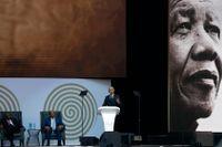 Förre presidenten Barack Obama höll på tisdagen tal i Johannesburg till Nelson Mandelas minne. Mandela skulle ha fyllt 100 år i dag.