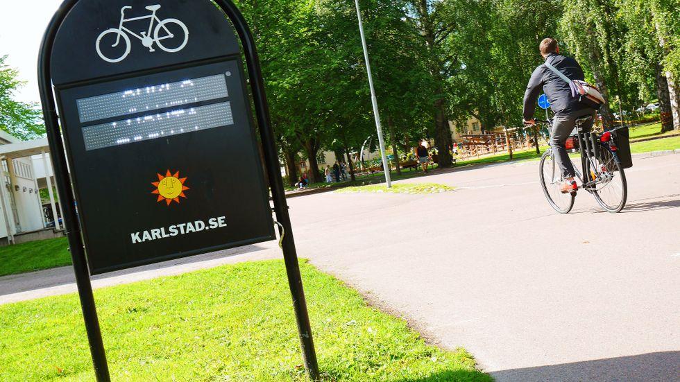 Karlstads kommun är ute och cyklar i jakten på ett nytt Facebook.