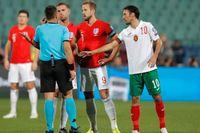 Det bulgariska fotbollsförbundets ordförande avgår efter landets match mot England.
