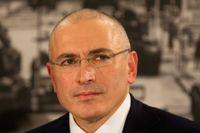 Michail Chodorkovskij efter frisläppandet på presskonferens i Berlin. Foto: AP/