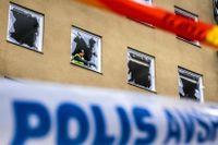 Polisen har fortfarande inte gripit någon misstänkt efter sprängningen.