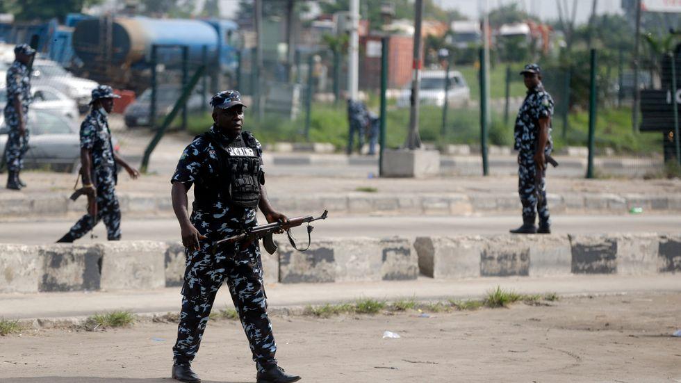 Nigeriansk polis i Lagos den 12 juni.