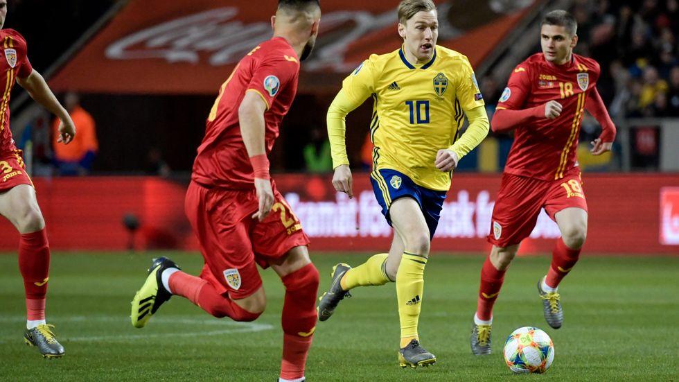 Emil Forsberg lämnar truppen inför tisdagens match mot Norge.