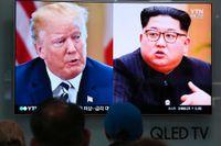 USA:s president Donald Trump och Nordkoreas ledare Kim Jong-Un på en tv-skärm i Sydkorea i fjol. Arkivbild.