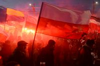 Drygt 60 000 människor deltog i den nationalistiska marschen i Warszawa på Polens självständighetsdag den 11 november.