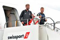 Liverpools tränare Jürgen Klopp och lagkaptenen Jordan Henderson med Champions League-pokalen.