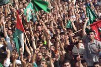 Groundhog day of rage. På bilden Hamasanhängare på en nationell vredesdag i oktober 2000.