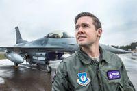 """""""Jas Gripen är ett fantastiskt plan och jag ser fram emot att flyga med dem under Arctic Challenge"""", säger amerikanske stridspiloten Ryan Clisset."""