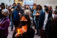En minnesstund för de dödade i Atlantadådet, i Pittsburgh, Pennsylvania.