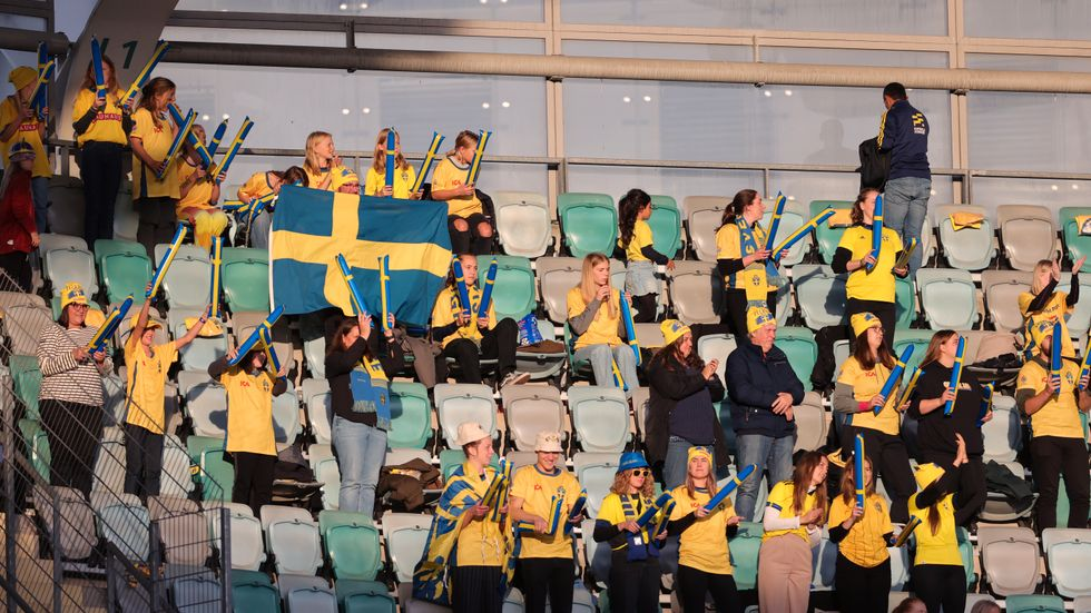 Ett begränsat antal åskådare fick se Sveriges VM-kvalmatch mot Georgien i september. I nästa hemmamatch, mot Finland den 30 november, hoppas Sverige på fullsatt. Arkivbild.