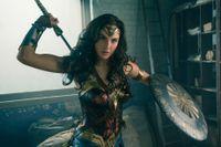 Gal Gadot som Wonder Woman. Pressbild.