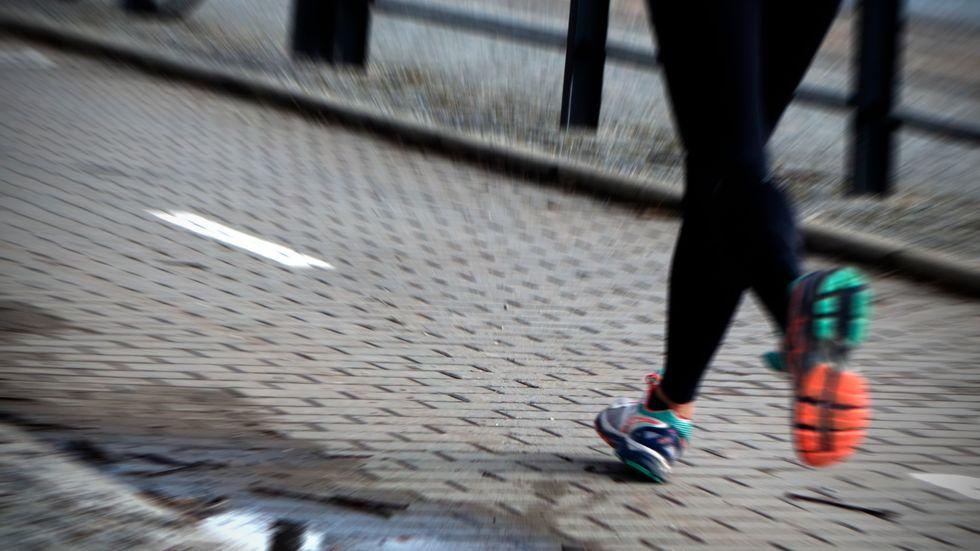 Fysisk rörelse kan lindra eventuella besvär.