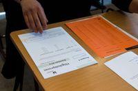Regeringen har skickat förslag på remiss om att betyg ska få större betydelse i händelse av att vårens högskoleprov ställs in.