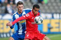 Mainz Robin Quaison gjorde 1–0-målet i Bundesligamatchen borta mot Hertha Berlin.