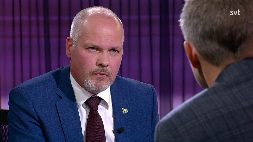 Morgan Johansson (S) intervjuas av Anders Holmberg.