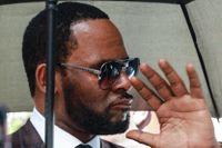 Rättegången mot r'n'b-stjärnan inleddes den 9 augusti i New York.