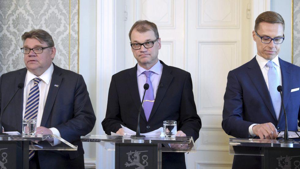 Timo Soini, Juha Sipilä, och Alexander Stubb under en gemensam presskonferens på onsdagen.