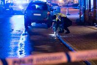Polisens kriminaltekniker i arbete i Kristianstad efter skottlossningen sent på kvällen den 27 januari. Arkivbild.