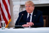 Med Trump som president även 2021-2025 talar det mesta för en ännu mindre aktiv global roll för USA, skriver artikelförfattaren.