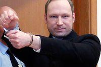 """""""Ska bara dö först"""", om ett fiktivt terrorbombdåd i Oslo, släpptes i Norge bara någon månad efter att den högerextrema terroristen Anders Behring Breivik massakrerat 77 norrmän."""