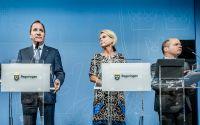 Såväl Stefan Löfven som Morgan Johansson och flera andra ministrar har uttalat sig och även kritiserat enskilda personer som beskrivit Sverige i negativa ordalag, skriver debattören. På bilden även Åsa Regnér.