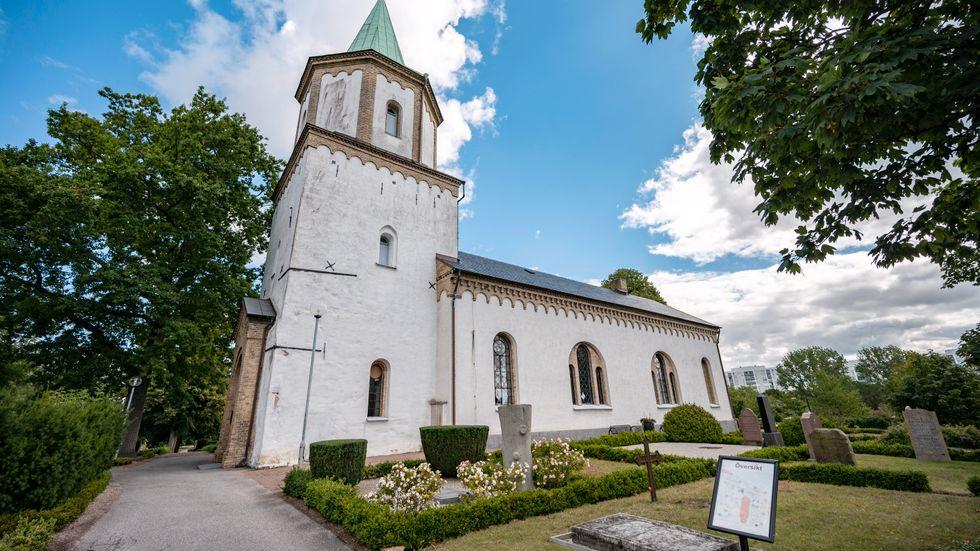 Varför är så många kyrkor igenbommade, frågade Dick Harrison i en krönika.