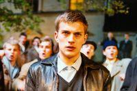 """Stephen Fry och Alex Pettyfer i """"Tom Brown's schooldays"""" från 2005. Till höger Andreas Wilson som Erik Ponti """"Ondskan"""" från 2003."""