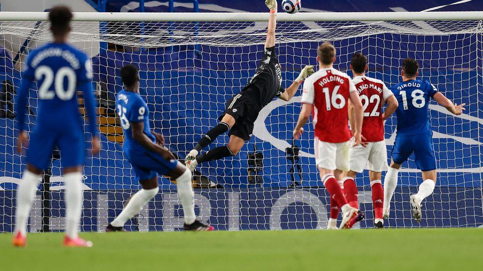 Premier League, här matchen Chelsea–Arsenal, har förlängt tv-avtalet för tre säsonger.