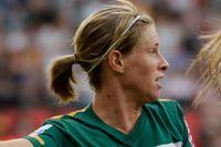 Elise Kellond-Knight i en VM-match för Australien. Nu blir det inget mer spel i år då Kristianstadsmittfältaren skadat knät. Arkivbild.