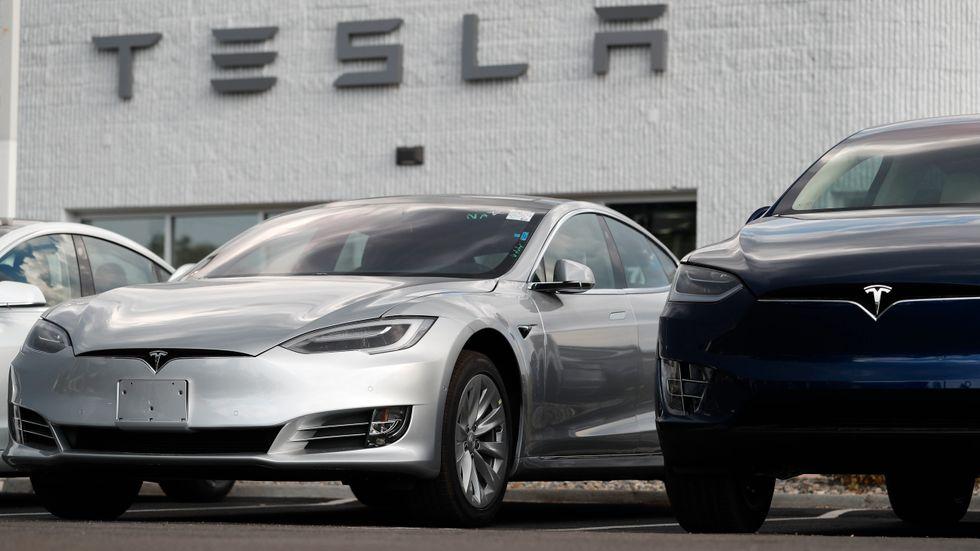 Snygga bilar från Tesla.