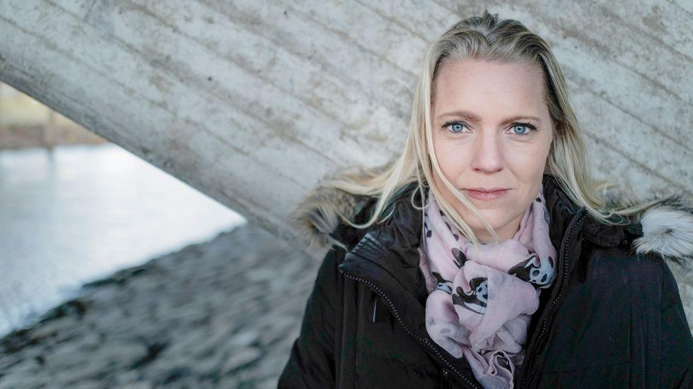 """""""Det gick det käpprätt åt skogen"""", säger Carina Bergfeldt till Medierna i P1."""