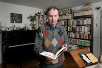 Göran Sonnevi i sitt hem, 2006.