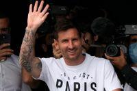 Officiellt: Lionel Messi har skrivit på för PSG