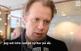 Dramatens teaterchef Eirik Stubø säger att han inte känner igen bilden som förmedlas i uppropet.