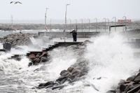 SMHI har utfärdat en klass 1-varning för mycket hårda vindbyar i södra Sverige. Arkivbild.