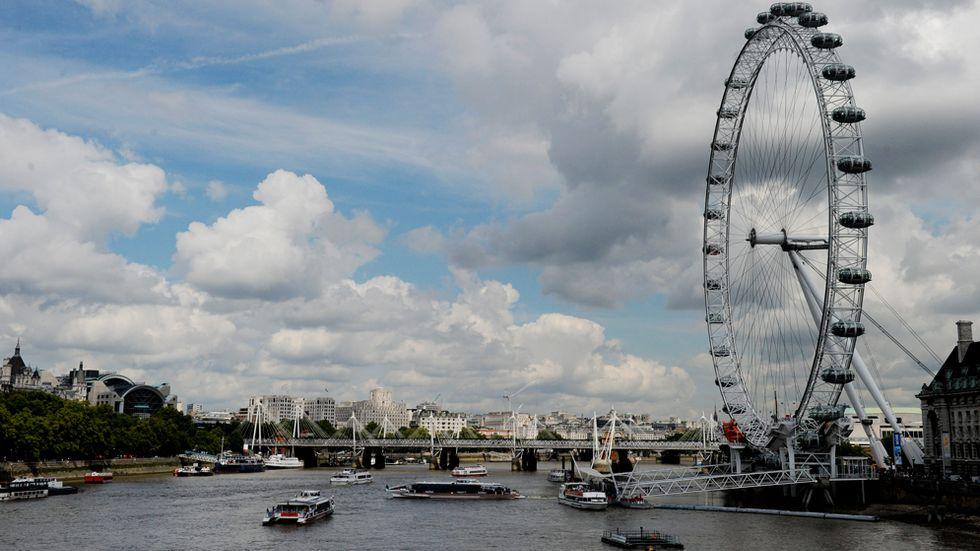 3. London   På tredje plats kommer London där den som betalar en miljon dollar faktiskt får 21 kvadratmeter. Det är mindre än i fjol på grund av prisuppgång, men att ha en liten lya på drygt 20 kvadratmeter i något av Londons bästa kvarter är väl ändå inte fy skam.