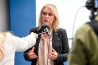 Lena Hallengren (S), socialminister, kommenterar nu SvD:s artiklar om Lilla hjärtat-fallet.