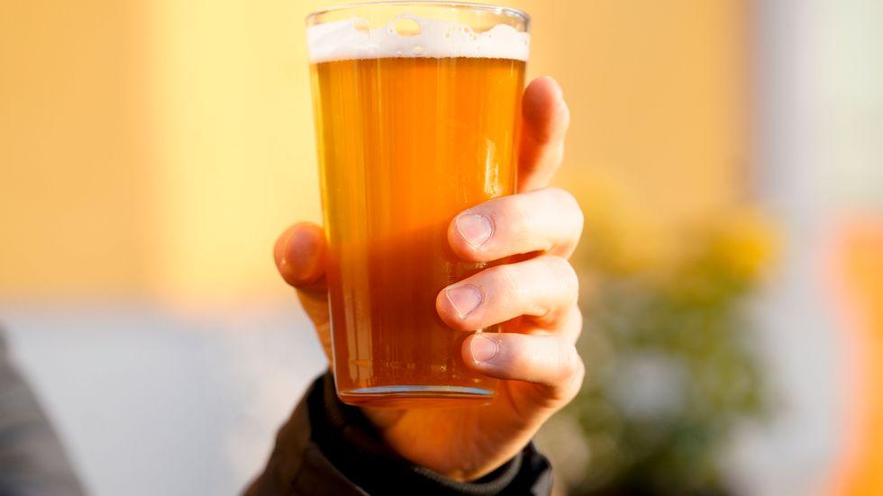 Allt öl hamnar inte i glasen.