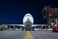 Lufthansa är ett av de flygbolag som tar en del av sina  superjumboplan, Airbus A380, ur bruk och ställer andra på marken tills vidare.