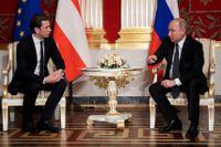 Österrikes förbundskansler Sebastian Kurz i samtal med Rysslands president Vladimir Putin i S:t Petersburg i oktober.
